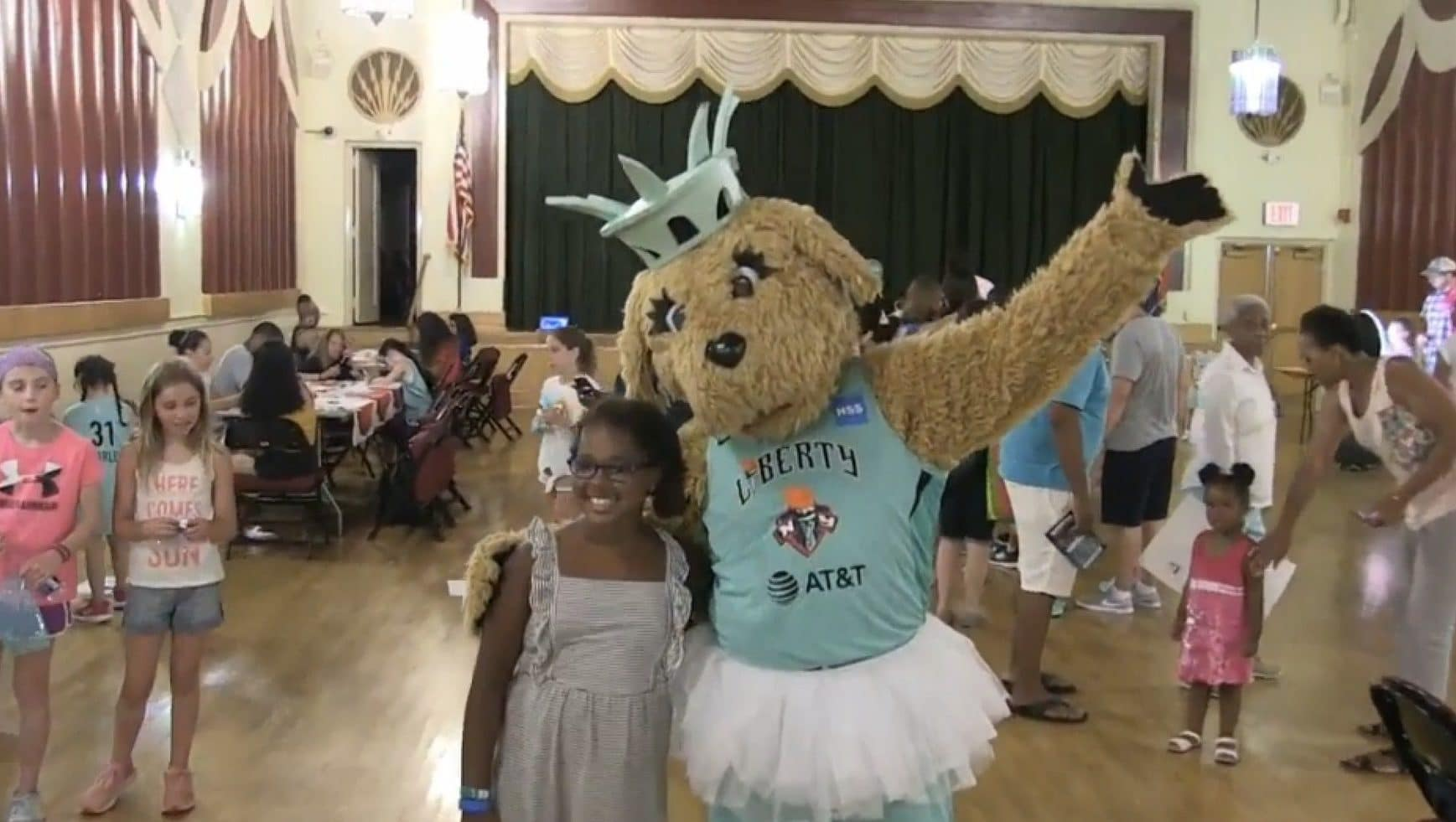 Maddie, la mascotte du New York Liberty