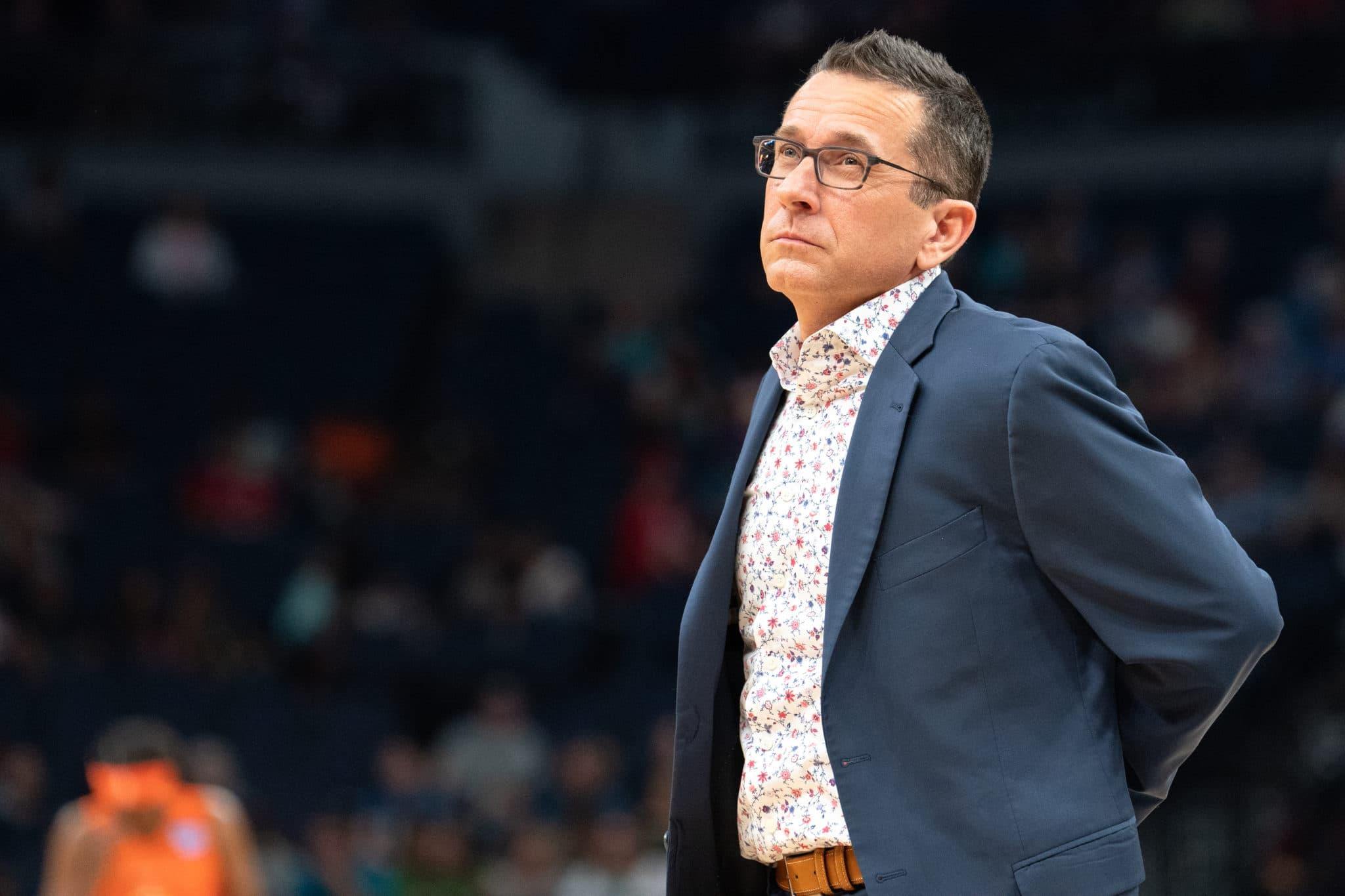 Curt Miller, le coach du Connecticut Sun