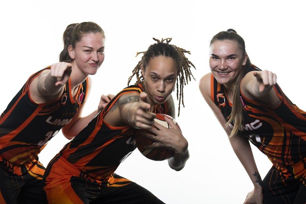 Emma Meesseman, Maria Vadeeva et Brittney Griner d'Ekaterinburg