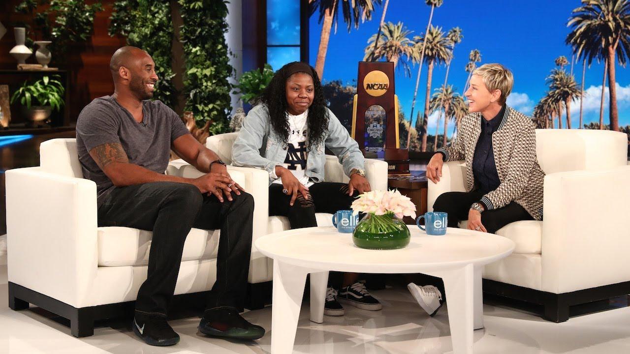 Kobe Bryant et Arike Ogunbowale sur le plateau d'Ellen DeGeneres