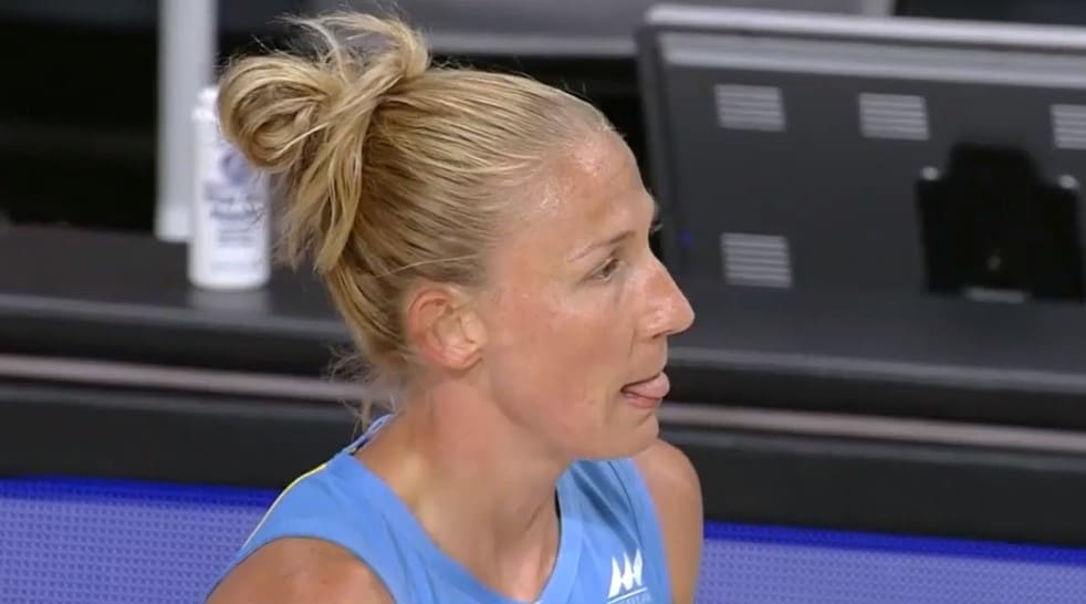Chicago SKy Courtney Vandersloot